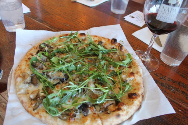 kitchen door's hen of the woods flat bread pizza