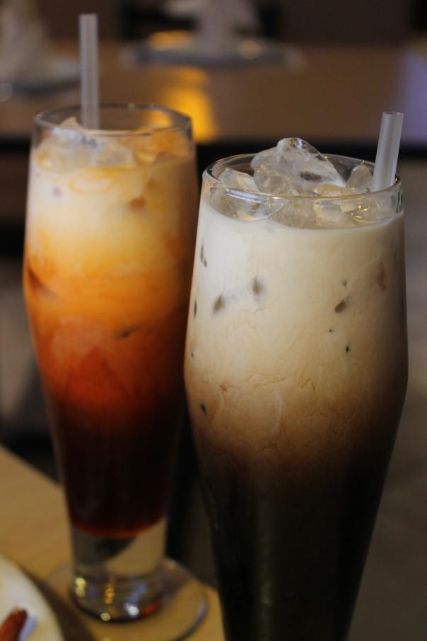 thai iced tea and thai iced coffee