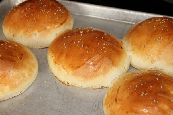 finished brioche buns