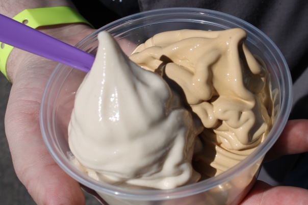 sin city street treats self-serve frozen yogurt