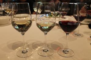 (l to r) sauvignon blanc, chardonnay, pinot noir