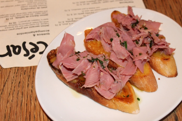 montaditos with smoked duck breast and orange alioli