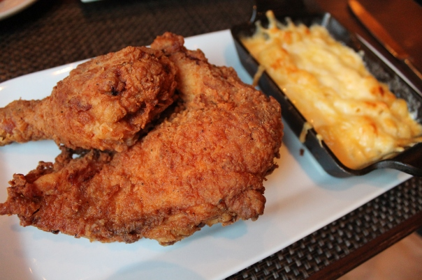 southern fried chicken with classic smoked gouda mac 'n cheese