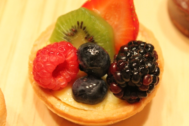 mini fruit tart