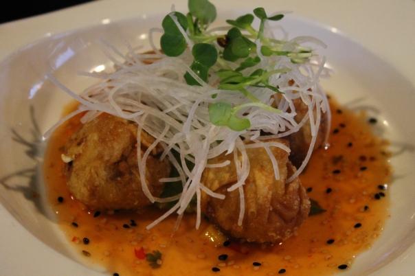 crispy spicy tuna wonton