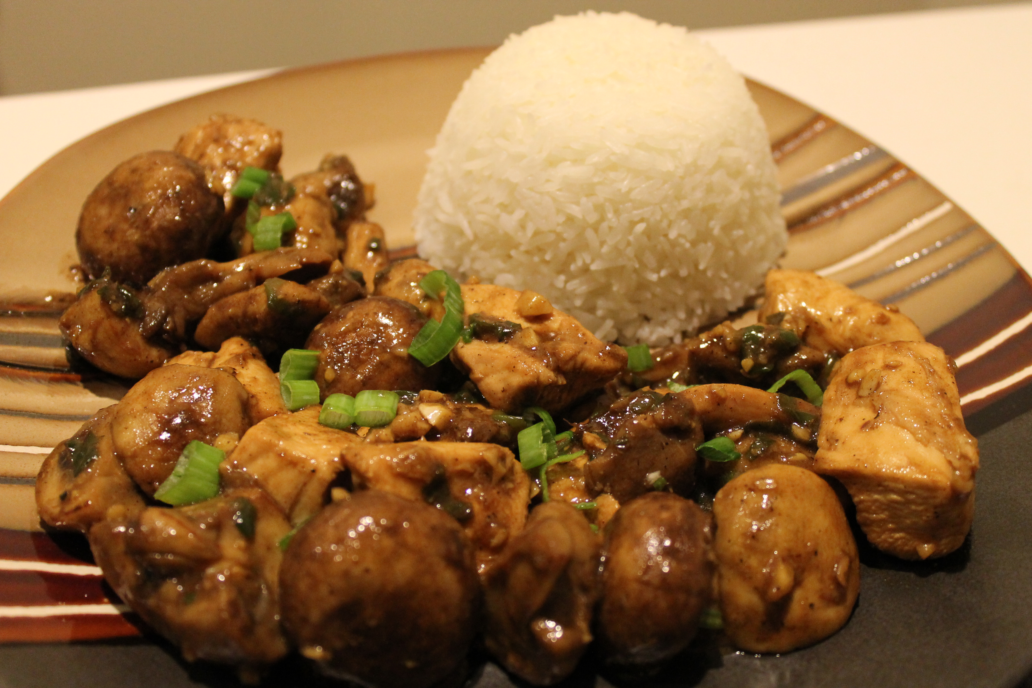 Chinese-Style Chicken and Mushrooms Oyster Eating Salt